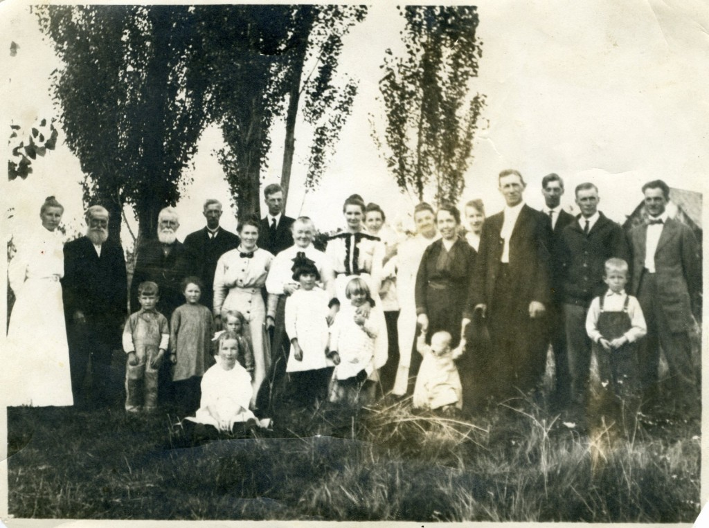 William & George Halls and some of their descendants in Mancos 1916